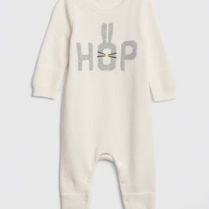 Adorable baby 👶🏻 girl outfit